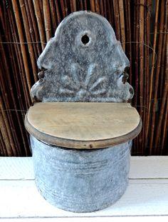 Vintage Enamel Salt Cellar, Kitchen Ornament, Home Kitchen Rustic Cottage Country Folk Decor Ornaments Decoration, Collectibles by dreambox4you on Etsy https://www.etsy.com/listing/226293012/vintage-enamel-salt-cellar-kitchen