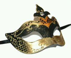 Black and gold women's masquerade mask