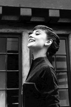 Audrey Hepburn, head up, Paramount Studios, 1953