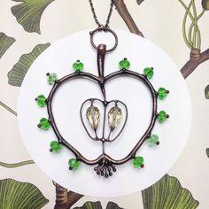 #glasstrunk_jewelry #jewelrydesign #glasstrunk #яблоко#malum #apple #green_apple #подвеска