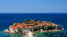 Sveti Stefan szigete – a luxus üdülőhely River, Outdoor, Outdoors, Outdoor Games, The Great Outdoors, Rivers