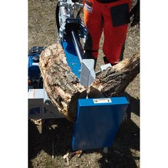 This heavy-duty Powerhorse® Horizontal/Vertical Log Splitter is engineered to combine strength and innovation, creating a log spli. Fall Clean Up, Log Splitter, Logging Equipment, Engine, Motor Engine, Motorcycle