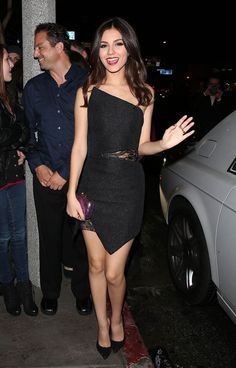 victoria-justice-night-out-style-bootsy-bellows-in-los-angeles-march-2014_7.jpg (1024×1600)