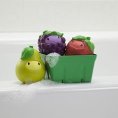 Squirt N Strain Fruit Basket - Playing with food has never been so fun (or so clean)! Feed your child's imagination and make bath time even sweeter with these cute fruit squirts.
