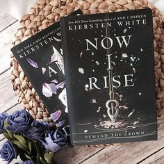 Q: What app do you check when you first wake up?  A: Instagram! I usually post to Insta when I wake up too   #MustRead I'm a huge fan of Now I Rise and I highly recommend it! The first part of the book is told from a child's POV so it can be slow for some readers but I personally think there's huge payoff in character development! -- -- -- -- #bookshelf #bookstagram #bookworm #booklover #bookphoto #bookclub #andidarken #nowirise #bookblogger #bibliophile #yafantasy #yafiction #bettereads…