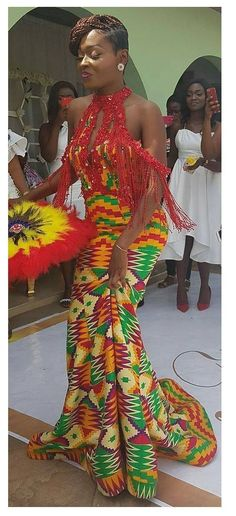 Go Traditional With These Kente Styles - Sisi Couture African Girl, African Dresses For Women, African Print Fashion, Africa Fashion, African Attire, African Wear, African Fashion Dresses, African Beauty, African Women