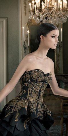 Alexander McQueen black & gold www.pinterest.com/stylebyjaz www.stylebyjasmine.blogspot.com