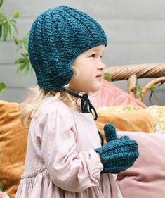 Lasten lapaset x 7 – katso ohjeet ja äänestä kivoimmat! - Kotiliesi.fi Knitted Hats, Crochet Hats, Mittens, Beanie, Knitting, Fashion, Knitting Hats, Fingerless Mitts, Moda