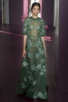 Valentino Fall 2017 Couture Collection Photos - Vogue#rexfabrics#purveyoroffinefabrics#cometousforfashion#passionforfabrics