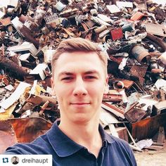 #Repost @dreihaupt with @repostapp.  #Waste-selfie.  On the...