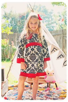 a pretty perfect dress (need two of these, in tween/teen sizes!)