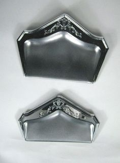 Set 2 Manning Bowman and Company Silent Butler Crumbs Silvertone Color Table  #ManningBowmanCo