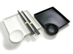 Sushi Set for Two - Izumi Pottery Bowls, Ceramic Bowls, Ceramic Pottery, Ceramic Art, Sushi Store, Claire's Makeup, Japanese Restaurant Interior, Sushi Platter, Keramik Design