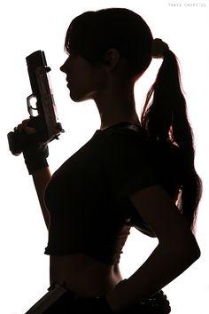 Lara Croft (Tomb Raider: Legend) by *Misslarisacroft