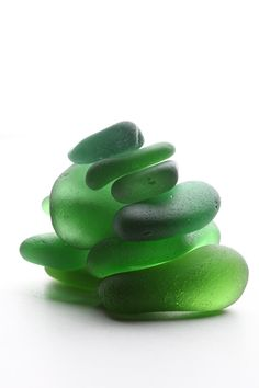 Gorgeous green by Nadezhda Belovalova on Etsy