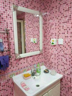 Wallpaper For Sale, Mirror, Frame, Furniture, Home Decor, Picture Frame, Decoration Home, Room Decor, Frames