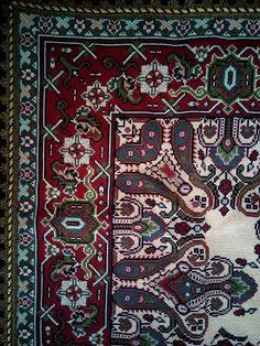 Λαχουρ Cross Stitching, Cross Stitch Embroidery, Cross Stitch Patterns, Diy And Crafts, Bohemian Rug, 1, Pillows, Rugs, Greek