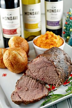 Seattle Lifestyle & Food Blogger Kendra Darr shares a delicious pot roast recipe using a sous vide cooker. Get the recipe, and also some wine pairings.
