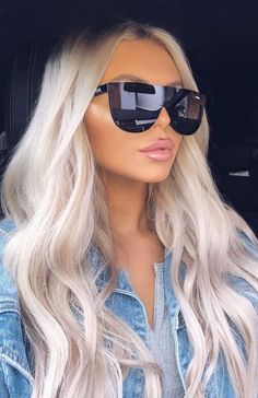 Icy platinum blonde with a hint of purple - Blonde Haare - Hair Silver Blonde Hair, Blonde Hair Looks, Icy Blonde, Blonde Hair With Highlights, Blonde Color, Blonde Shades, Silver Platinum Hair, Silver Hair Colors, Platnium Blonde Hair