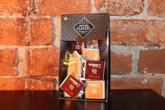Die feine Schokolade aus der Schokoladenmanufaktur Michel Cluizel im east Outfit ist hier erhältlich: http://bit.ly/eastSchokolade