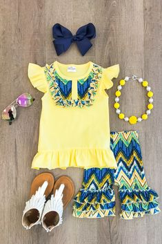 Cute Baby Girl Outfits, Kids Outfits Girls, Cute Outfits For Kids, Toddler Girl Outfits, Toddler Fashion, Boy Outfits, Kids Fashion, Fashion Clothes, African Dresses For Kids
