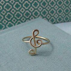 Кольцо со скрипичным ключиком