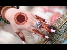 Circle Mehndi Designs, Round Mehndi Design, Henna Tattoo Designs Simple, Finger Henna Designs, Back Hand Mehndi Designs, Indian Mehndi Designs, Henna Art Designs, Stylish Mehndi Designs, Mehndi Designs For Beginners
