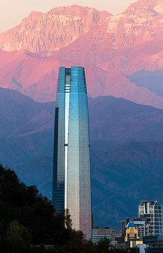 The Gran Torre Santiago - Chile, America do Sul Temple Maya, Places To Travel, Places To Visit, Equador, South America Travel, Travel Pictures, Peru, Tourism, Beautiful Places