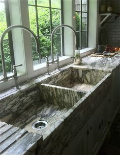 Double Sink - Steven Gambrel #Kitchen #Design #HomeDecor
