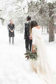 White Winter Mountain Elopement - Jann Marie Bridal / Wedding in the Woods / Chic & Simple / Long-Sleeve Dress / Bouquet