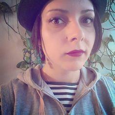 AliceRockHippieCatMama (@alicerockhippiecatmama) • Fotografii şi clipuri video Instagram Chokers, Hairstyles, Instagram Posts, Fashion, Haircuts, Moda, Hairdos, Fashion Styles, Fasion
