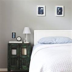 Vintageliebe im Schlafzimmer #solebich #einrichtung #interior #schlafzimmer #bedroom #vintage #nachttisch (Foto: maki)