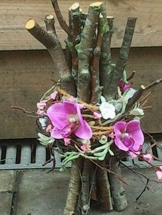 """Rustic decor is defined as """"a design emphasis on rugged, natural beauty. Arte Floral, Deco Floral, Floral Design, Ikebana, Floral Centerpieces, Floral Arrangements, Wedding Centerpieces, Fresh Flowers, Beautiful Flowers"""