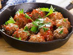 Meatballs with Pecorino - Pong Cheese - Recipes with Cheese Sausage Meatballs, Best Meatballs, Italian Meatballs, Meatball Recipes, Pork Recipes, Cooking Recipes, Italian Dishes, Italian Recipes, How To Make Meatballs