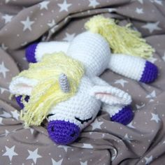Sleeping unicorn pony - FREE crochet pattern