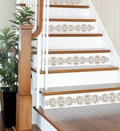 The staircase steps decor ideas