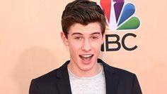 Shawn Mendes tops Billboard 200 at age of 16 - I4U News