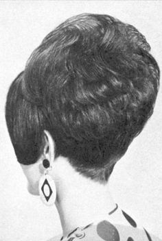 Haircut Styles For Women, Short Haircut Styles, Short Hair Styles Easy, Short Hair Cuts, Teased Hair, Bouffant Hair, Short Hair Updo, Bob Updo Hairstyles, Retro Hairstyles