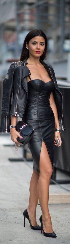 Fast Fashion, Look Fashion, Trendy Fashion, Womens Fashion, Fashion Trends, Dress Fashion, Fashion Black, Street Fashion, Rocker Fashion