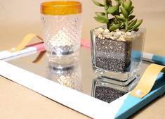 Modern your daily using objects- DIY MetDaan Diy Home Crafts, Diy Crafts For Kids, Decor Crafts, Garden Crafts, Diy Bottle, Bottle Crafts, Plastic Bottle Cutter, Bedroom Wall Collage, Craft Videos