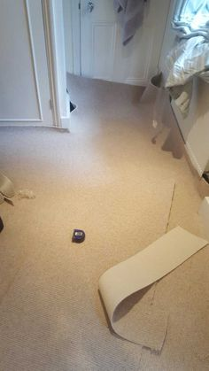 Luxury woollen carpet in West Brompton Lovely quick carpet fitting job in West Brompton recently. 2 bedrooms to uplift and replace with a luxury carpet. Carpet Fitting, Brompton, Luxury