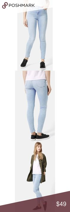 TOPSHOP Moto 'Jamie' Bleached Skinny Jeans NWOT A bleachy light wash adds a touch of retro spirit to super-skinny jeans made from stretchy denim. Topshop Jeans Ankle & Cropped