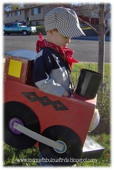 Halloween Costume :: Train...I think I need to do this for my son who's currently obsessed with Thomas. :)