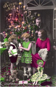 tinted photo of children with gifts and beautiful tree.... Vintage Christmas Photos, Christmas Postcards, Christmas Albums, Antique Christmas, Christmas Pictures, Vintage Ephemera, Vintage Postcards, Vintage Images, Christmas And New Year