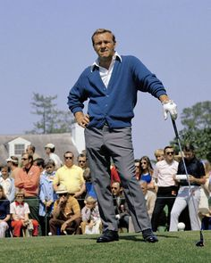 Sure he was past his prime but Arnold Palmer could still play. He won four events in 1971 once in 1973 and tied for at the 1974 Masters. Arnold Palmer Invitational, Ivy League Style, Classic Golf, Golf Sweaters, Vintage Golf, Golf Tips For Beginners, Sports Figures, Golf Fashion, Mens Fashion