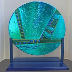 """A sculpture, inspired by a piece of dichroic glass that had """"wrinkled"""" while it was being fabricated, and that I just could not let Fused Glass Art, Dichroic Glass, Mosaic Glass, Fire Glass, Water Glass, Diy Art Projects, Red Jewelry, Stained Glass Projects, Artist Gallery"""