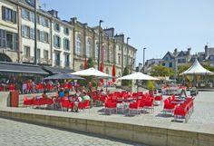 Urocze Quimper w Bretanii nad Atlantykiem:  http://www.eurocamp.pl/miejsca-warte-odwiedzenia/francja/quimper-bretania-francja
