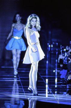 Versace - Fall 1991 Ready-to-Wear