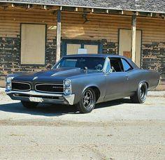 1966 Pontiac GTO style
