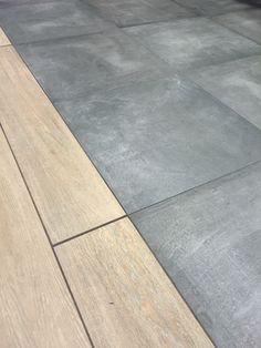 Keramisch parket gecombineerd met betonlook vloertegels